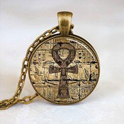 colgante egipcio
