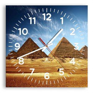 reloj egipcio de pared cuadrado piramides cielo azul